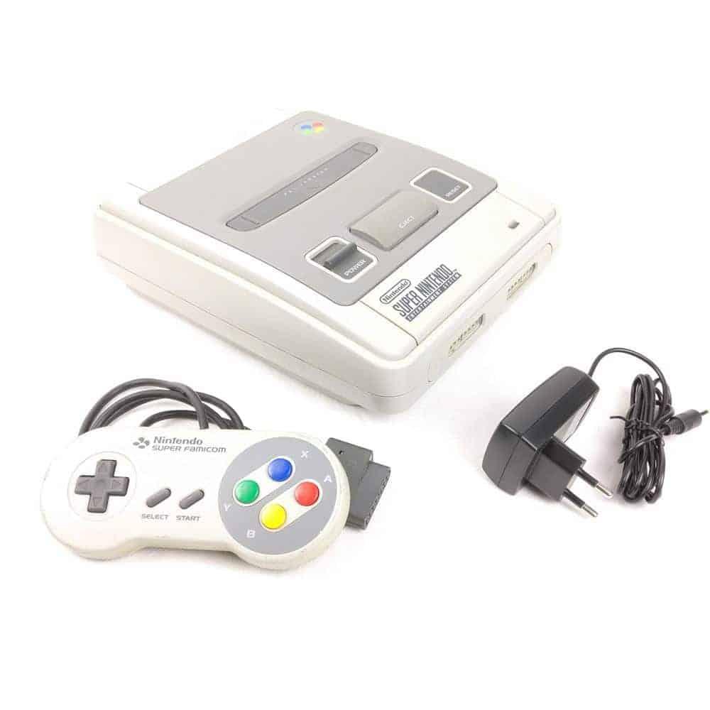 Super Nintendo m. 1 Gamepad (SCN)